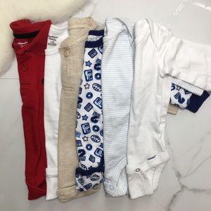 🎉Bundle baby boy long sleeve onesie bodysuits C3